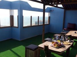 Hotel photo: Marhaba Beach