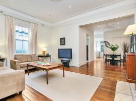 Фотографія готелю: Two Bedroom Apartment Edwin Street
