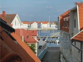 Hotel photo: Four-Bedroom Apartment in Marstrand