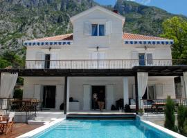 Hotel foto: Villa Alexander