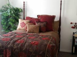 A picture of the hotel: Downtown Orlando Top Floor-Master Suite