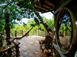 Hotel photo: The Mangrove Treehouse