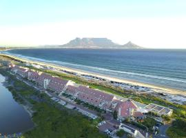 Hotel photo: Dolphin Beach Hotel Self Catering Apartments