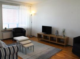 Hotel foto: A cozy one-bedroom apartment near diverse amenities in Tikkurila, Vantaa. (ID 6852)