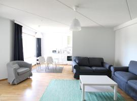 Hotel Foto: A three-bedroom apartment fully furnished for six persons in Veromiehenkylä, Vantaa. (ID 10712)