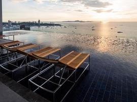 Hotel photo: Centric Sea 812 by PattayaHoliday