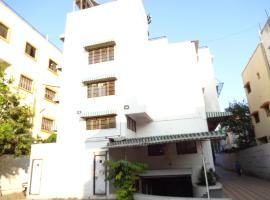 호텔 사진: Hotel Suresh Inn