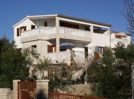 Hotel photo: Apartment Rogoznica 4313f