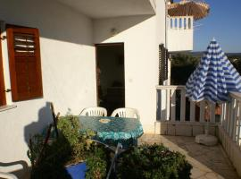 Hotel photo: Apartment Rogoznica 4313a