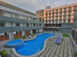 Hotel near Szaszemenie