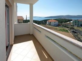 Hotel photo: Apartment Seget Vranjica 4870a