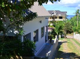 Hotel photo: Ocean Bird & Wanita's Self Catering