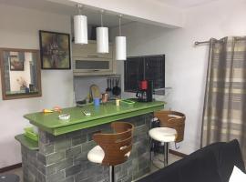 Fotos de Hotel: MountView studio in city: Brand new & luxurious