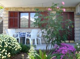 Hotel photo: Apartment Seget Vranjica 974c