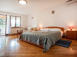 Hotel photo: Apartments Cademia