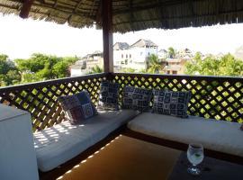 होटल की एक तस्वीर: Deuli House
