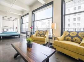 A picture of the hotel: Downtown Historic Loft #1