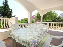 Hotel Photo: Apartment Orebic 10193a