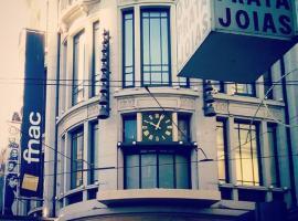 ホテル写真: Downtown Sta Catarina Apartment - Female only