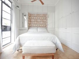 酒店照片: French - style cozy suite in POHO