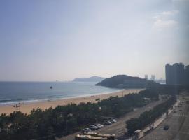 Hotel Photo: Haeundae Residence with View