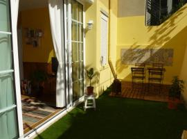 Hotel photo: 4 BDR Apart with Terrace @ RITZ