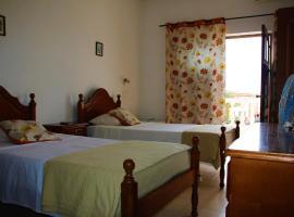 Hotel photo: Pensão Santa Isabel