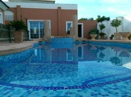 Hotel photo: Villa De Lujo Entorno A Campos De Golf