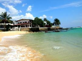Hotel photo: Sun N Sea Hotel