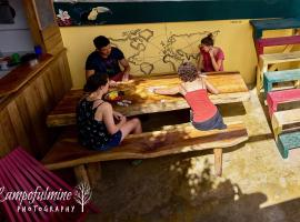 Hotel photo: Bella's Backpackers Cayo