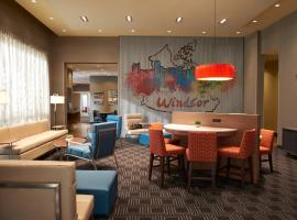 Hotel fotografie: TownePlace Suites by Marriott Windsor