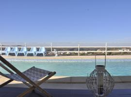 A picture of the hotel: Casa Serra e Mar
