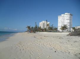 Hotel photo: Riviera Towers