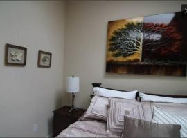 A picture of the hotel: Sterling Voyager Townhouse