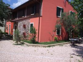A picture of the hotel: Agriturismo Corte Carolina
