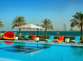 A picture of the hotel: Aloft Palm Jumeirah