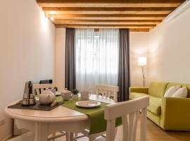 Hotel photo: Centrale Mazzoni 10