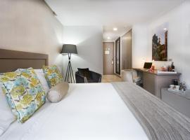 Fotos de Hotel: 100 Luxury Suites