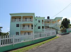 Hotel near Grenāda