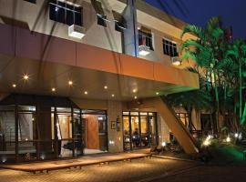Hotel Photo: Lira Hotel