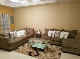 Hotel photo: Beautiful 2 Bedroom Condo
