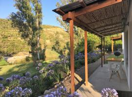 Hotel photo: Riversong Cottages