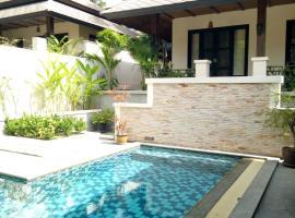 Hotel photo: Stunning Bali Thai 3 bed pool villa on 5 star resort