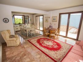 Hotel photo: Villa Delphi