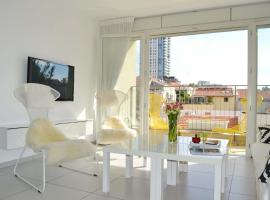 Hotel photo: Design Apt In The Heart Of Neve Tzedek