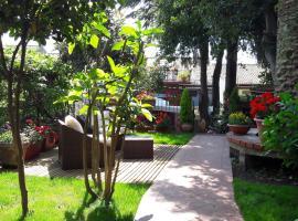Foto di Hotel: Villa Rosa Etna Bed & Breakfast