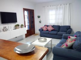 Hotel Photo: Apartamento playa coqueto junto al mar