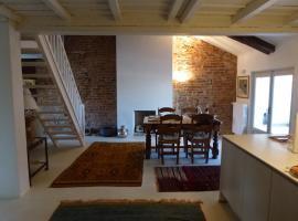 Hotel photo: Santarosa Suites