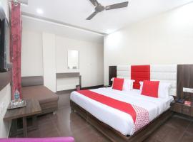 Ξενοδοχείο φωτογραφία: OYO 10318 Hotel Sukhman Residency