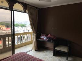 A picture of the hotel: Habitaciones para ejecutivos o estudiantes